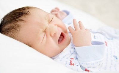 trẻ sơ sinh khò khè khó thở